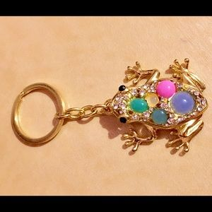 Accessories - Crystal frog key chain (FREE)
